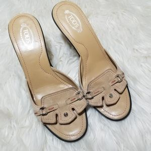 Tod's Suede Tan Sandals size 8.5